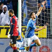 Il Napoli vince nella pioggia