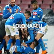 Il Napoli torna a vincere e va a -2