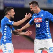 Il Napoli vince con qualche sofferenza