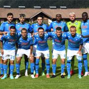 Napoli, 12 gol alla prima uscita